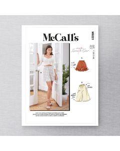 MCCALLS - M8221 SHORTS POUR FEMMES